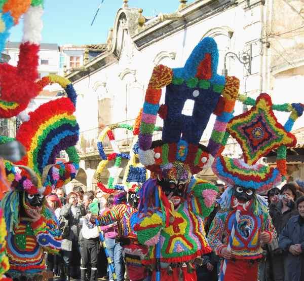 carnaval de viana do bolo - fiesta - imagen1