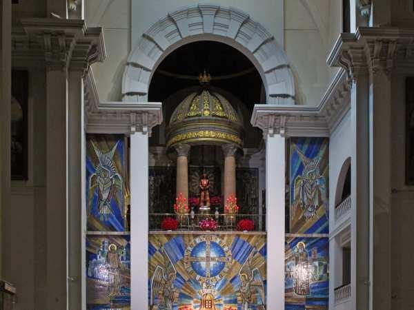 Besapiés del Cristo de Medinaceli - Madrid -Tradición -imagen1