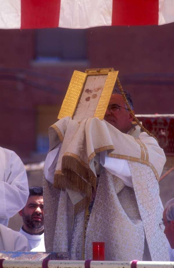 corporales daroca- CorpusChristi -Tradición- imagen4 de la procesion
