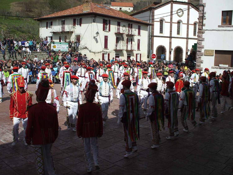 Bolantes de Valcarlos, una danza ancestral