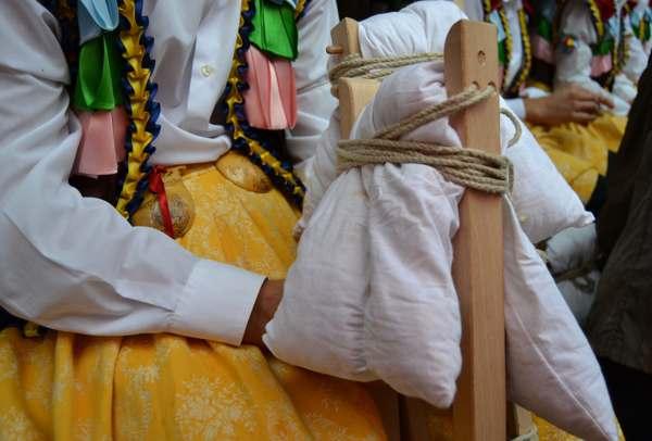 danza de los zancos de anguiano-tradicion-imagen2