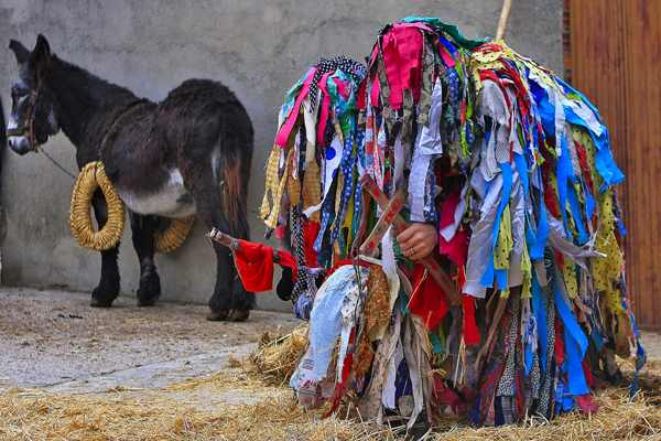 los cencerrones- abejera de tabara- tradicion- imagen-evento