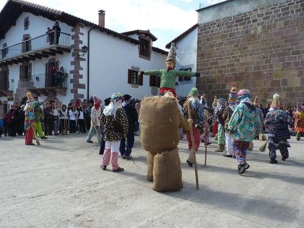 Carnaval en España- fiestas y tradiciones- imagen-blog3