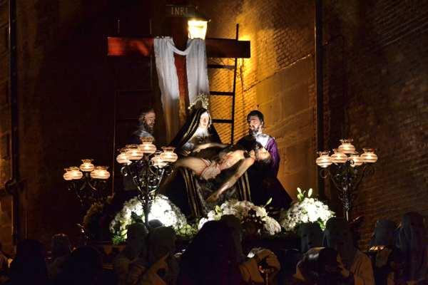 Procesión de Viernes Santo de Corella-Navarra-Semana Santa-Tradicion-imagen3