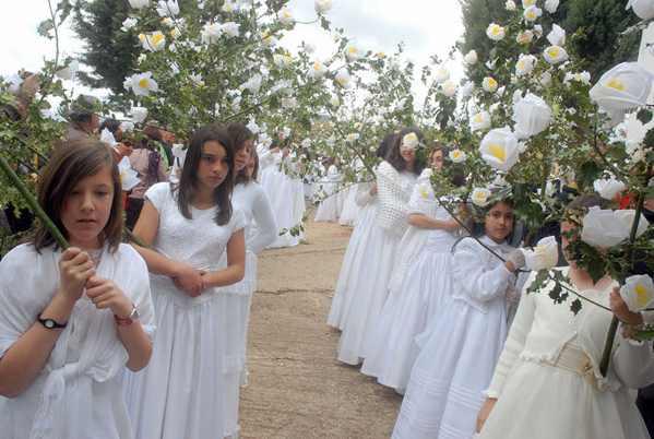 Procesión de las Cien Doncellas de Sorzano - la Rioja - Tradición - imagen1