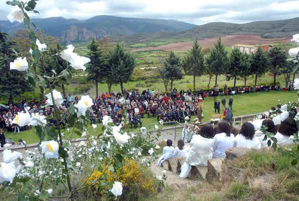 Procesión de las 100 Doncellas de Sorzano- La Rioja-Tradicion