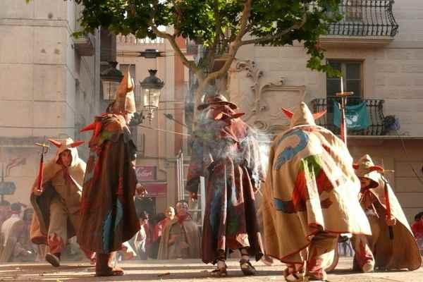 ball de diables-Cataluña- tradicion-imagen2