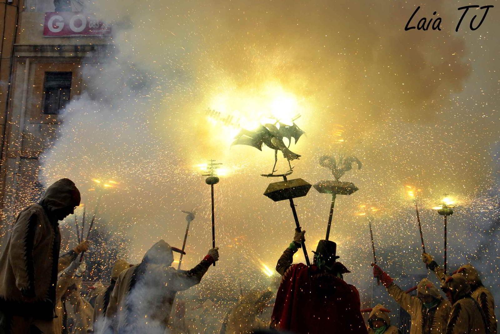 3 Fiestas espectaculares de «Ball de Diables» o Baile de Diablos