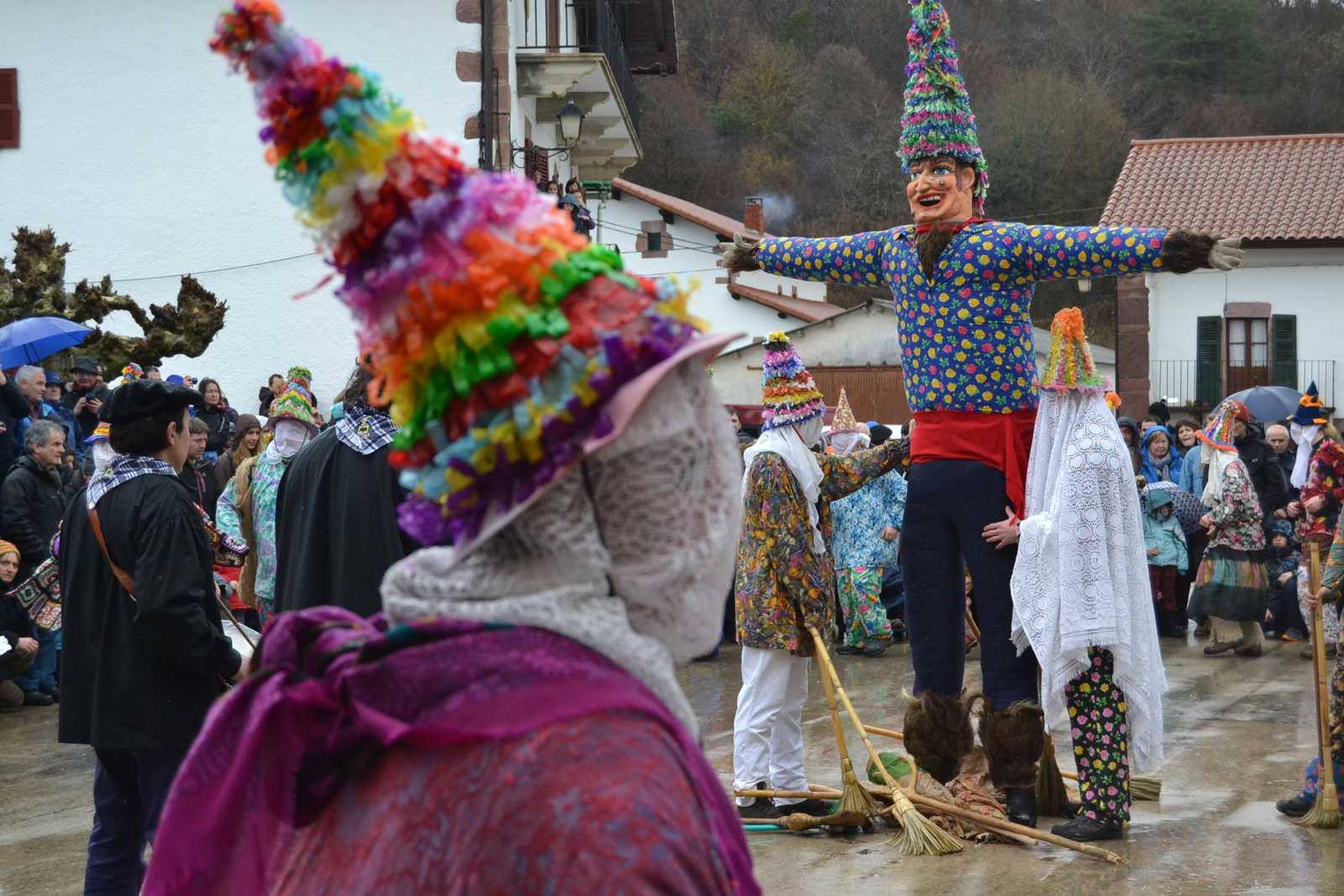 Carnaval de Lantz, de hombres y símbolos