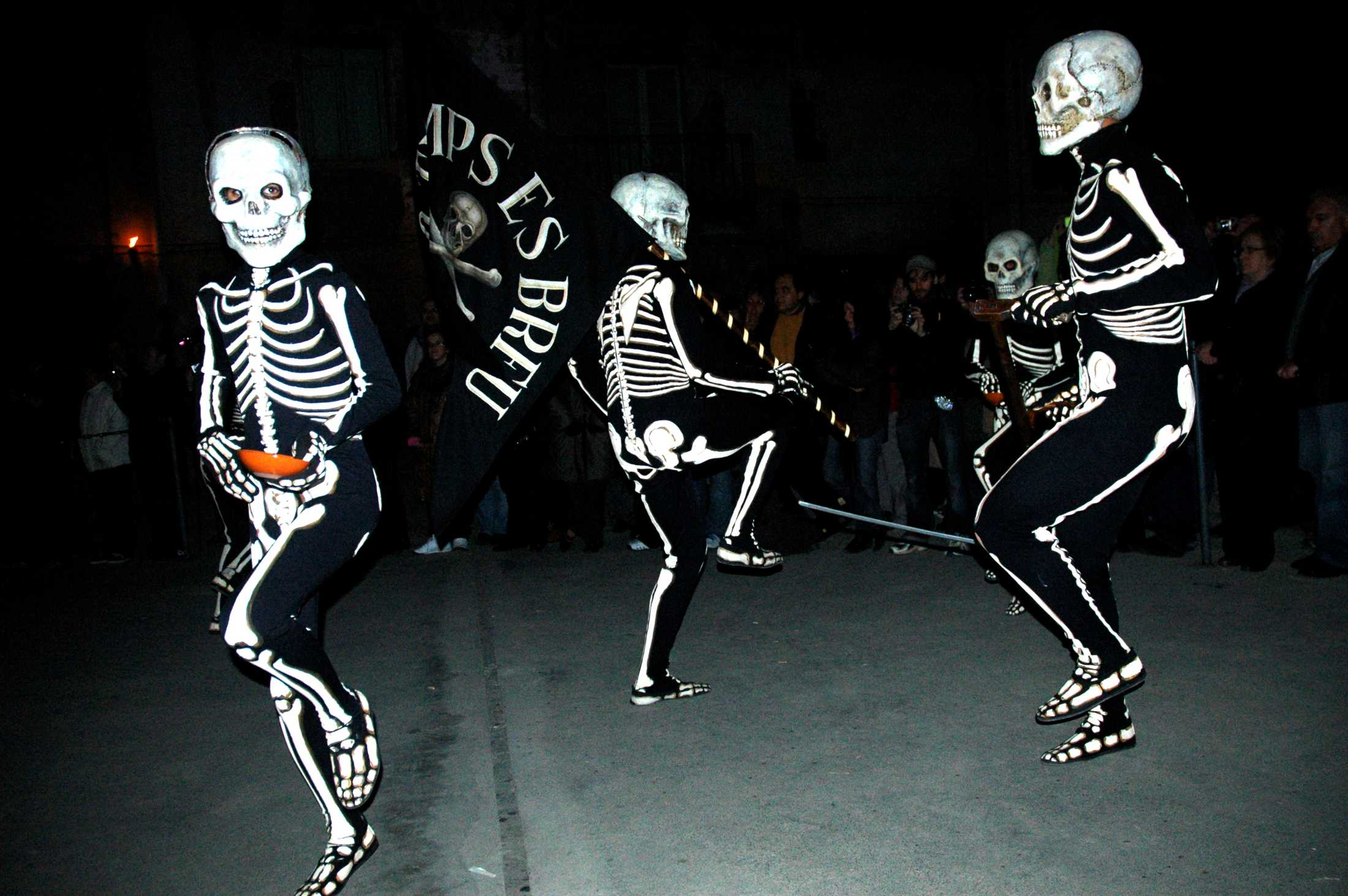 Procesión y  Danza de la Muerte de Verges