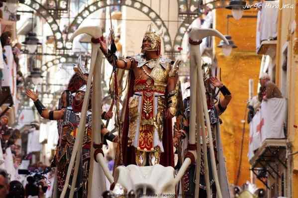 Moros y Cristianos en Alcoy - Alicante - Fiestas - imagen3